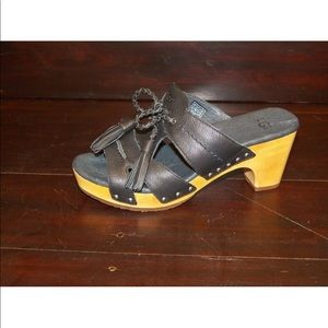 UGG Shoes - New Womens UGG Shaelyn Black Leather Stud Clog